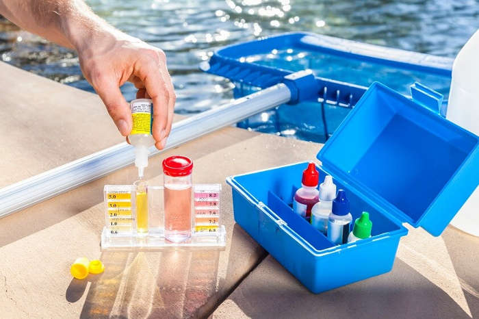 Different Pool Testing Kits