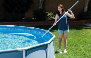how to clean intex pool