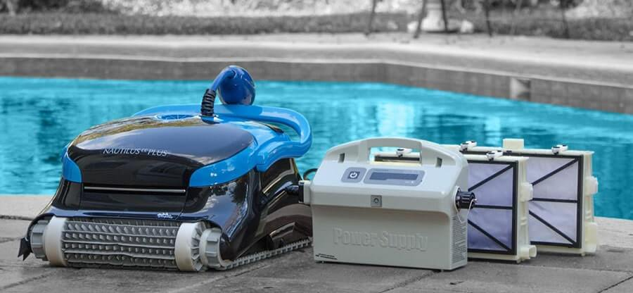 pool cleaner in swimming pool
