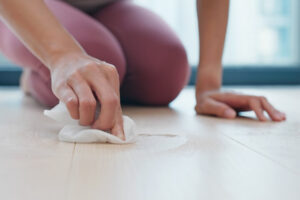 remove buildup from laminate floors
